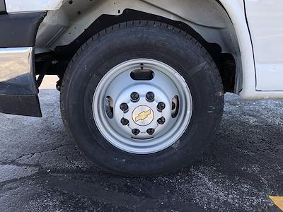 2021 Chevrolet Express 3500 4x2, Cutaway Van #B28009 - photo 21