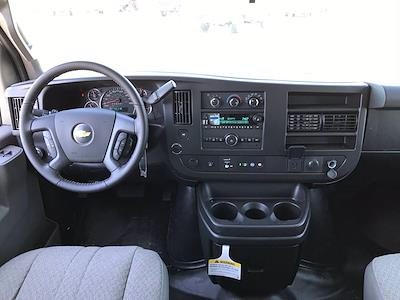 2021 Chevrolet Express 3500 4x2, Cutaway Van #B28009 - photo 6