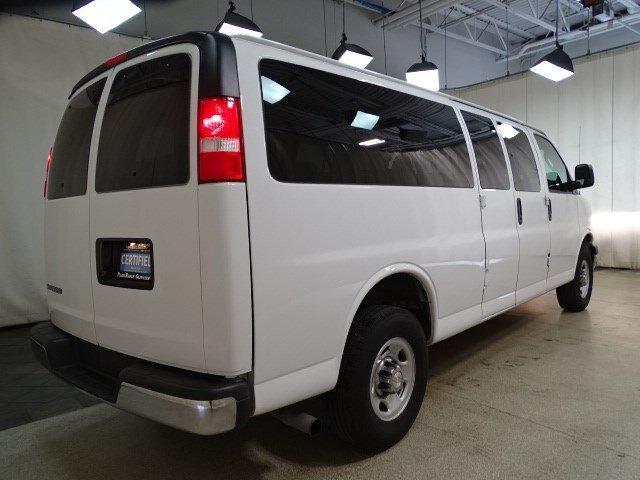 2019 Chevrolet Express 3500 4x2, Passenger Wagon #BP7420 - photo 1