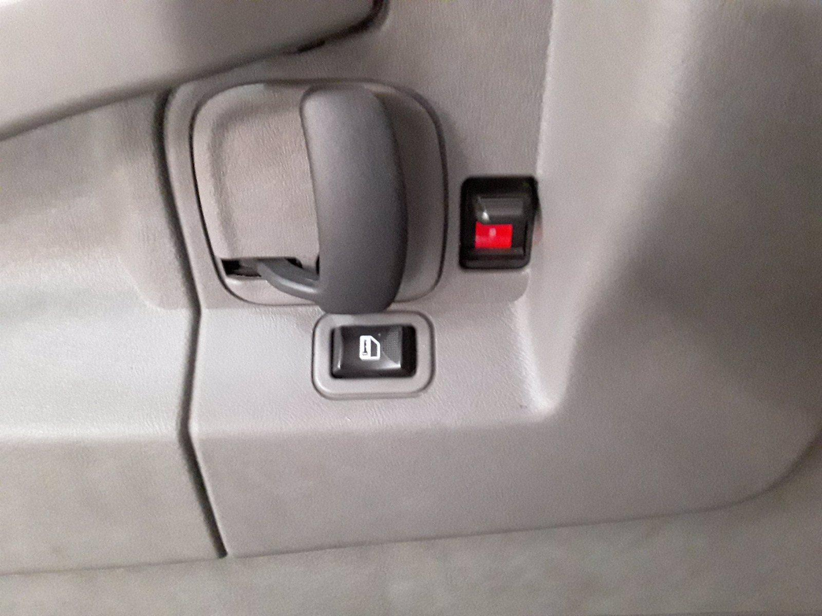 2018 Chevrolet Express 3500 RWD, Passenger Wagon #BP7499 - photo 12
