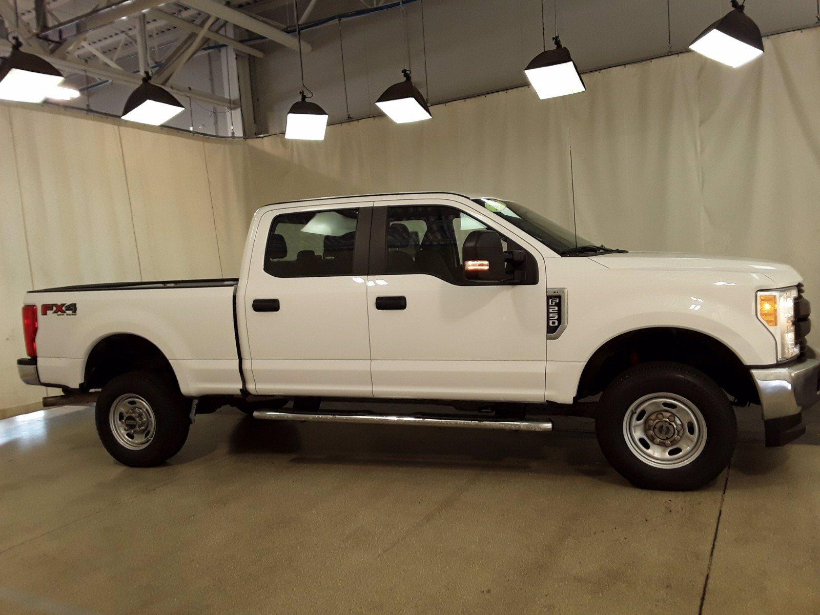 2017 Ford F-250 Crew Cab 4x4, Pickup #BP7504 - photo 3