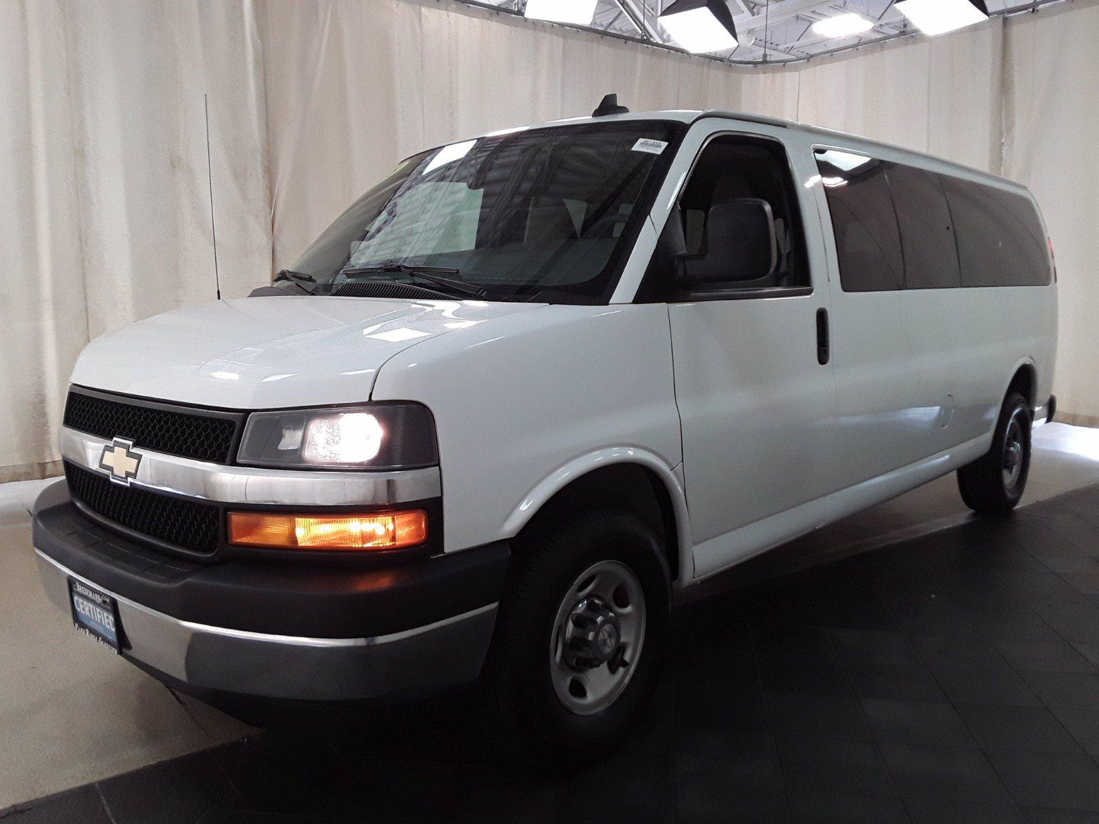2018 Chevrolet Express 3500 RWD, Passenger Wagon #BP7522 - photo 5