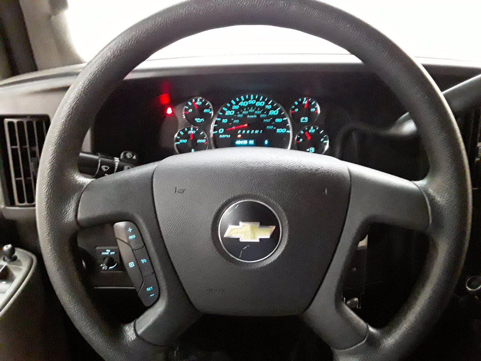 2018 Chevrolet Express 3500 RWD, Passenger Wagon #BP7523 - photo 10