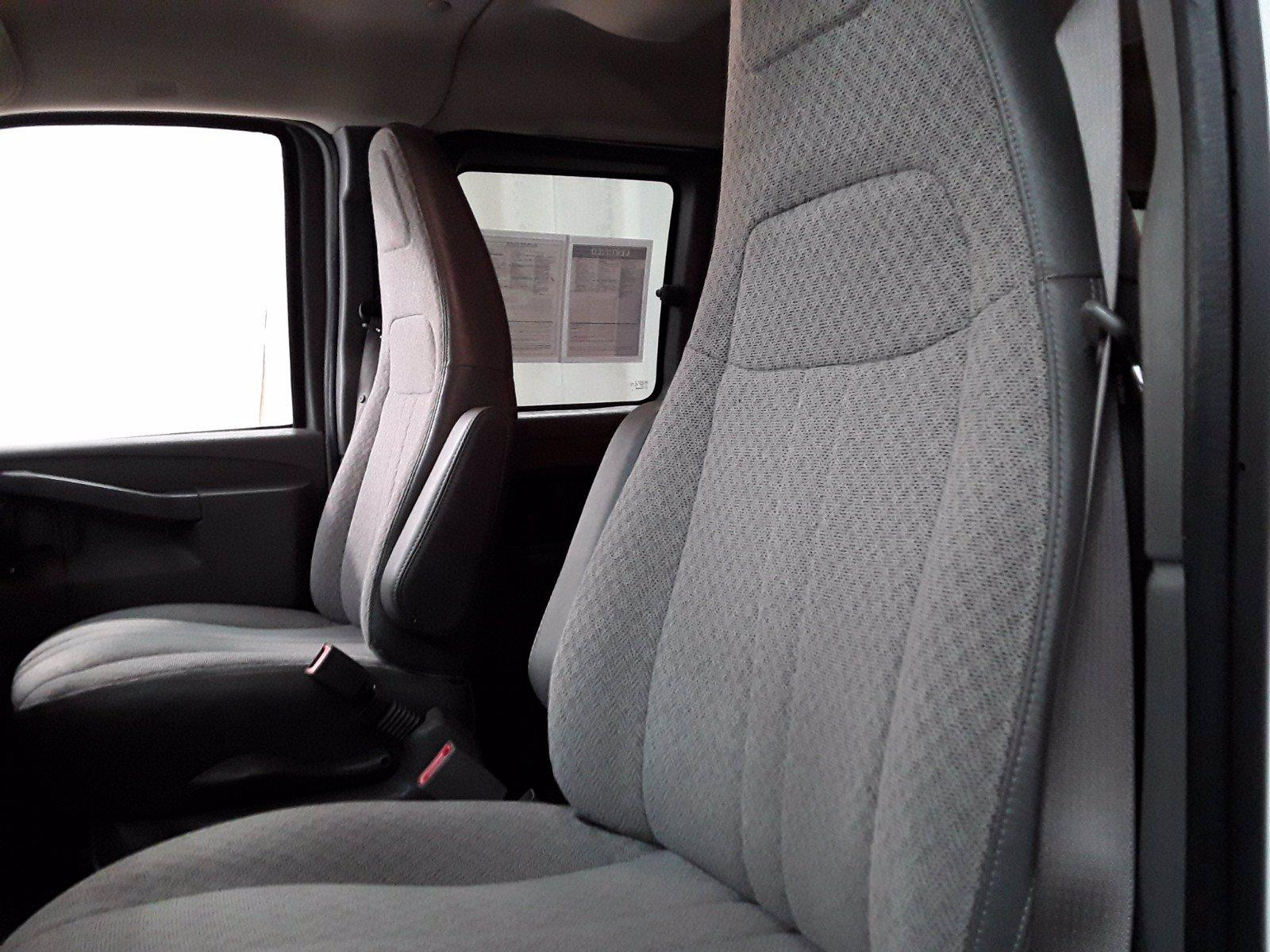 2018 Chevrolet Express 3500 RWD, Passenger Wagon #BP7523 - photo 16