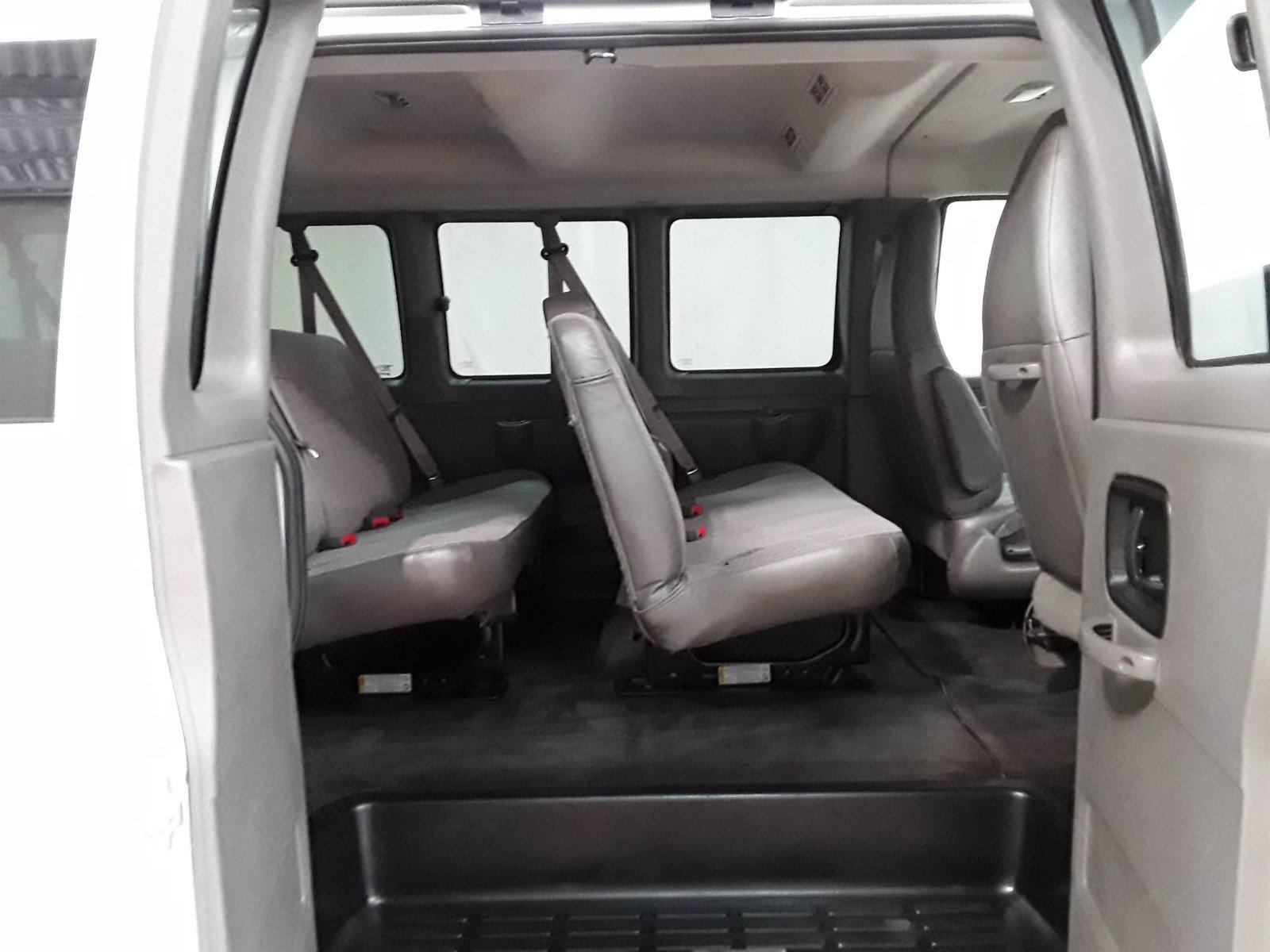 2018 Chevrolet Express 3500 RWD, Passenger Wagon #BP7528 - photo 18