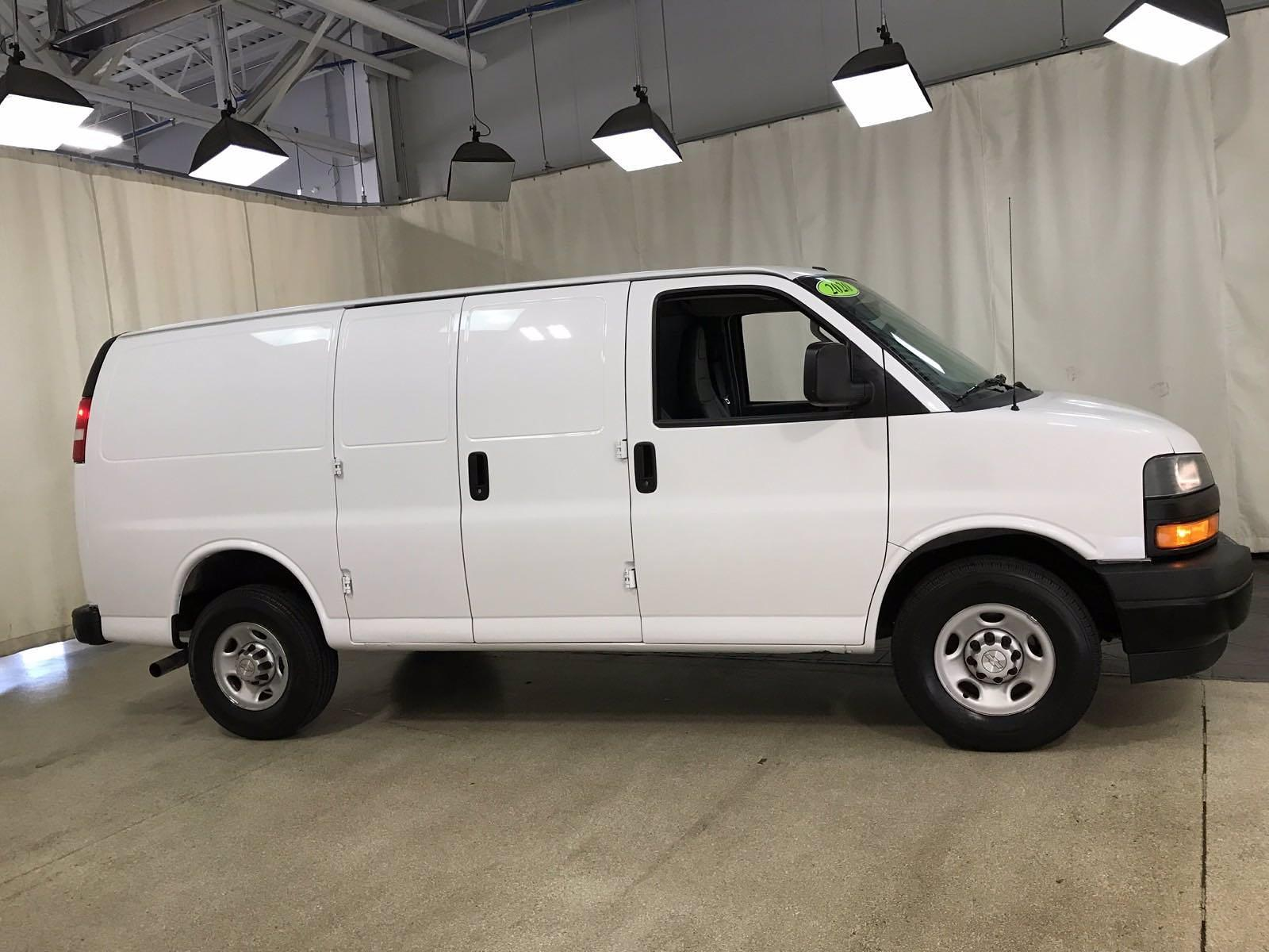2020 Chevrolet Express 2500 4x2, Empty Cargo Van #BP7652 - photo 3