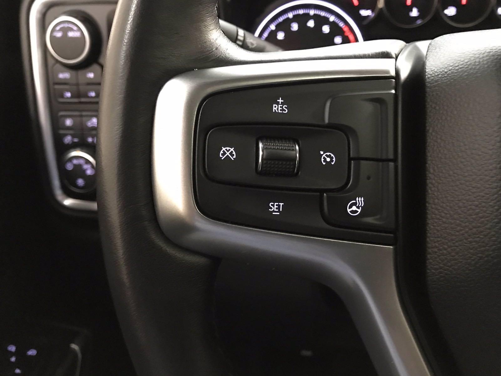 2020 Chevrolet Silverado 1500 Crew Cab 4x4, Pickup #BP7711A - photo 10