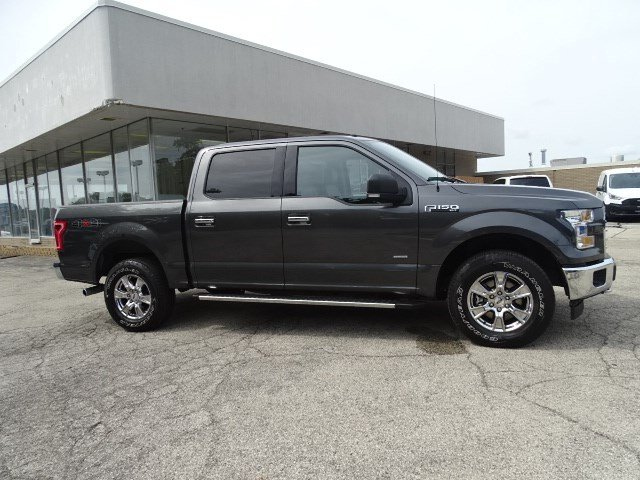 2017 F-150 SuperCrew Cab 4x4, Pickup #FP8470 - photo 3