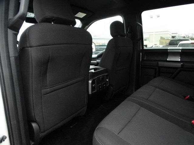 2017 F-150 SuperCrew Cab 4x4, Pickup #FP8627 - photo 20