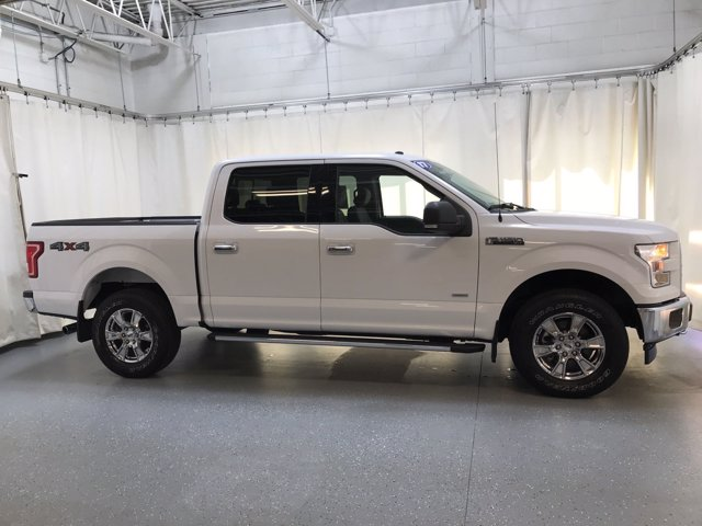 2017 Ford F-150 SuperCrew Cab 4x4, Pickup #FP8736 - photo 3