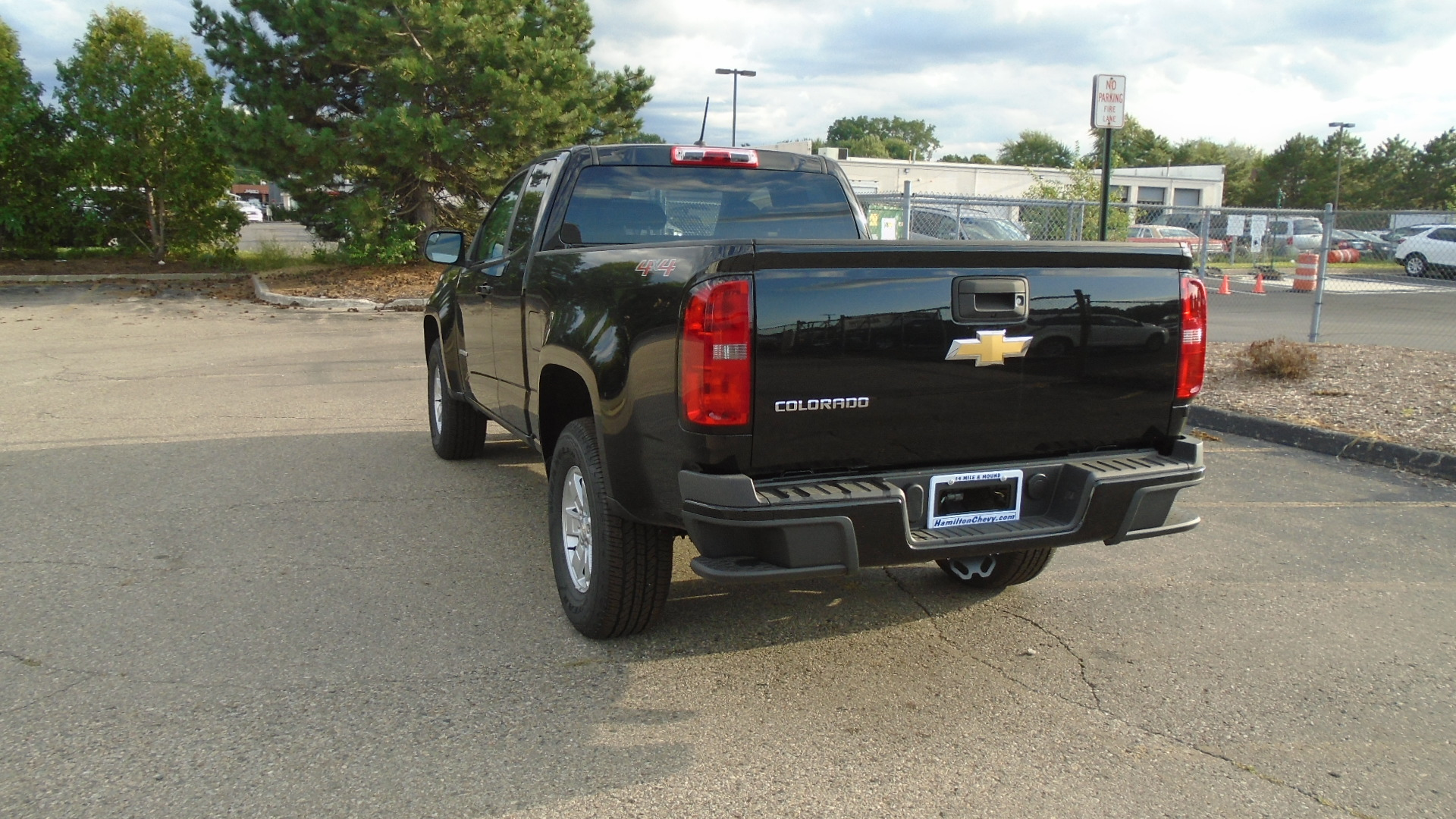 2019 Colorado Extended Cab 4x4,  Pickup #83927 - photo 2