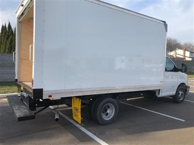 2019 Express 3500 4x2, Supreme Signature Van Dry Freight #86442 - photo 2