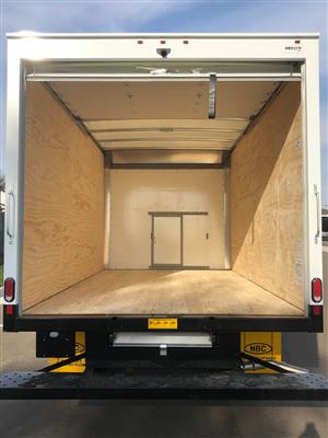 2019 Express 3500 4x2, Supreme Signature Van Dry Freight #86442 - photo 6