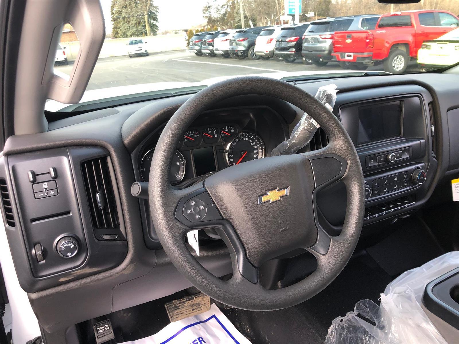2019 Chevrolet Silverado 2500 Double Cab RWD, Service Body #87968 - photo 6