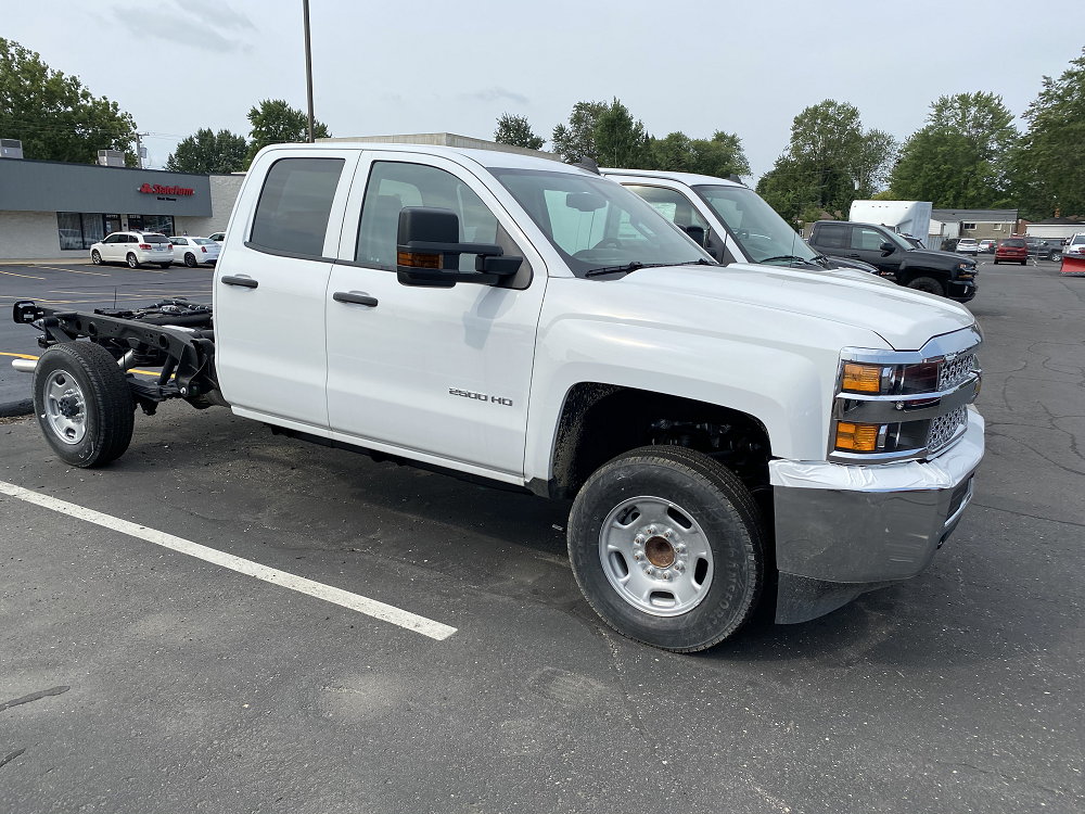 2019 Chevrolet Silverado 2500 Double Cab RWD, Cab Chassis #88193 - photo 3