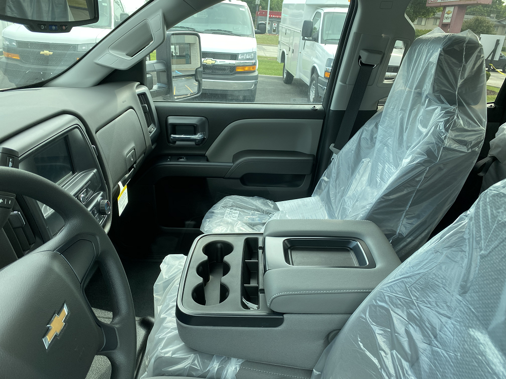 2019 Chevrolet Silverado 2500 Double Cab RWD, Cab Chassis #88193 - photo 6