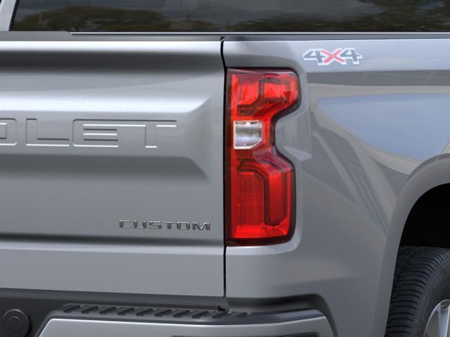 2021 Chevrolet Silverado 1500 Crew Cab 4x4, Pickup #88484 - photo 9