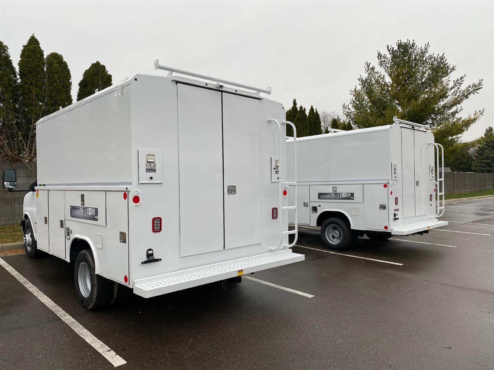 2020 Chevrolet Express 3500 4x2, Reading Service Utility Van #89344 - photo 1