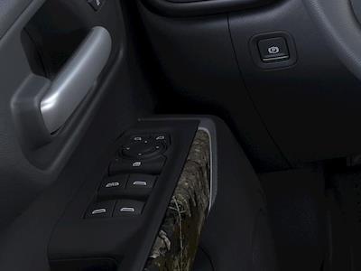 2021 Chevrolet Silverado 1500 Crew Cab 4x4, Pickup #A0199 - photo 18