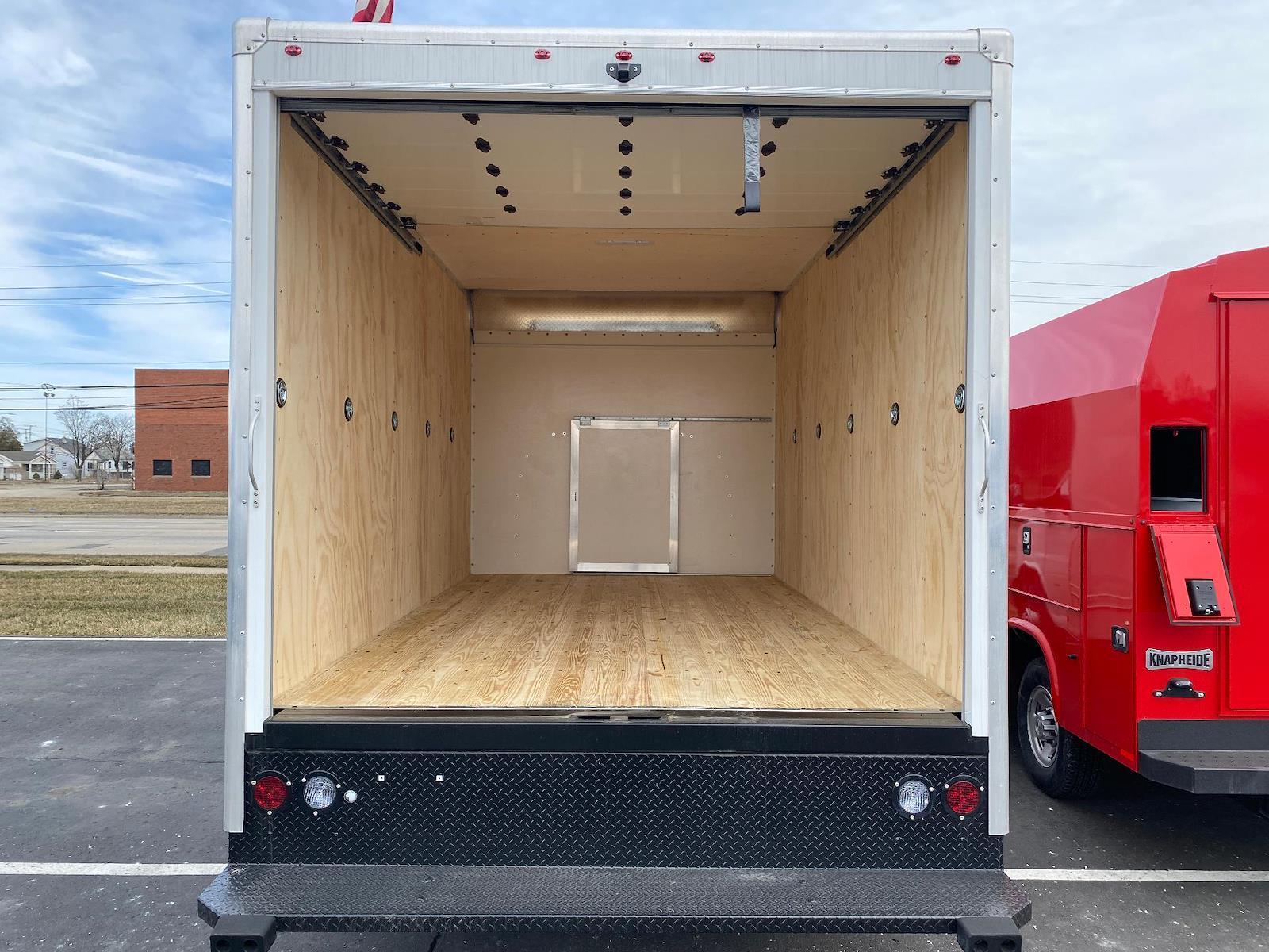 2020 Chevrolet Express 3500 4x2, Cutaway Van #A0369 - photo 4