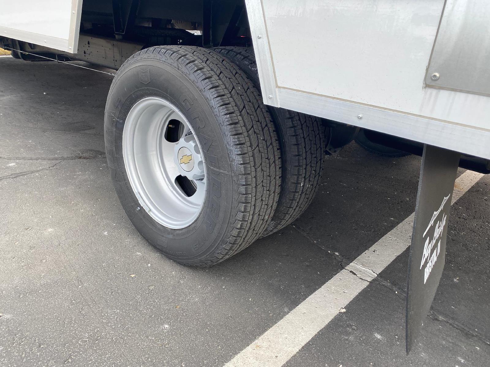 2020 Chevrolet Express 3500 4x2, Cutaway Van #A0369 - photo 5