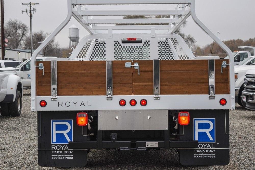 2019 F-450 Regular Cab DRW 4x2, Royal Contractor Body #F13935 - photo 6