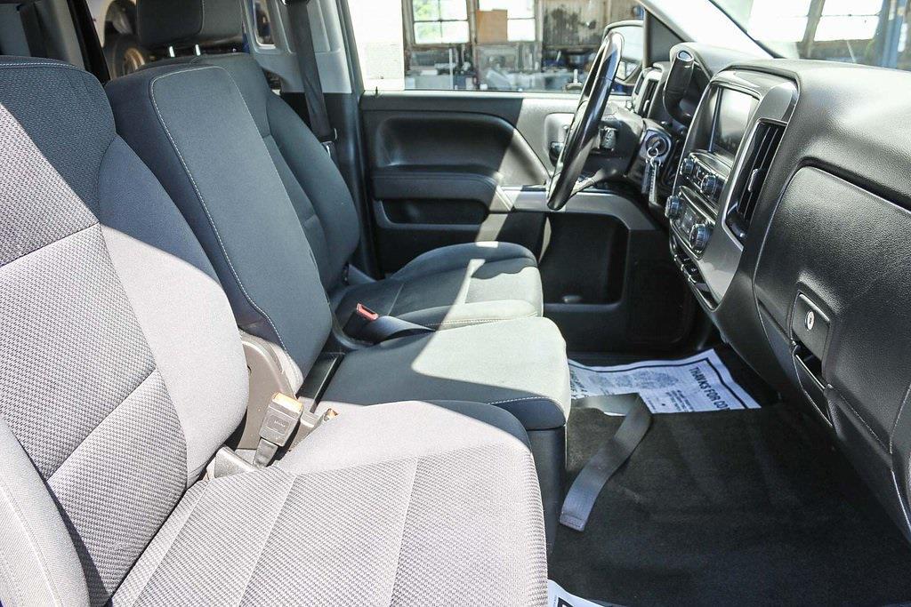 2018 Chevrolet Silverado 1500 Double Cab 4x4, Pickup #HF6072 - photo 13