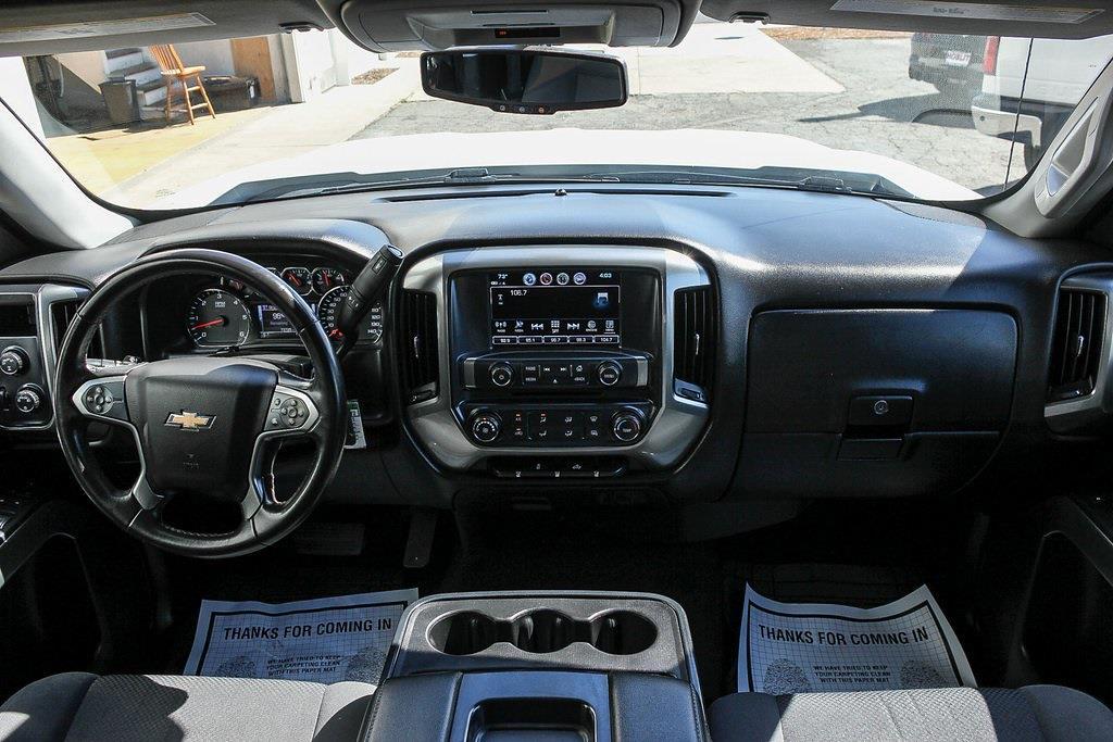 2018 Chevrolet Silverado 1500 Double Cab 4x4, Pickup #HF6072 - photo 9