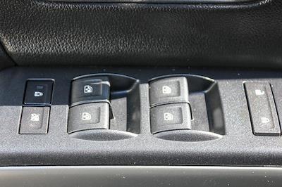 2018 Chevrolet Silverado 1500 Double Cab 4x4, Pickup #HF6072 - photo 18