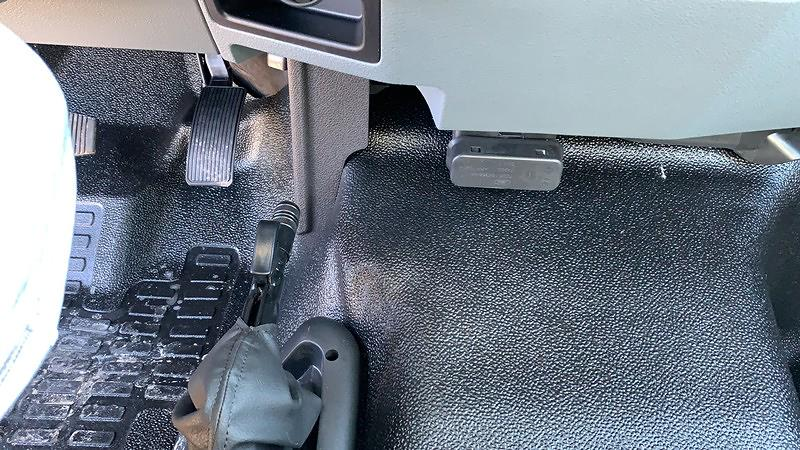 2021 F-650 Regular Cab DRW 4x2,  Knapheide Value-Master X Platform Body #F21002 - photo 13