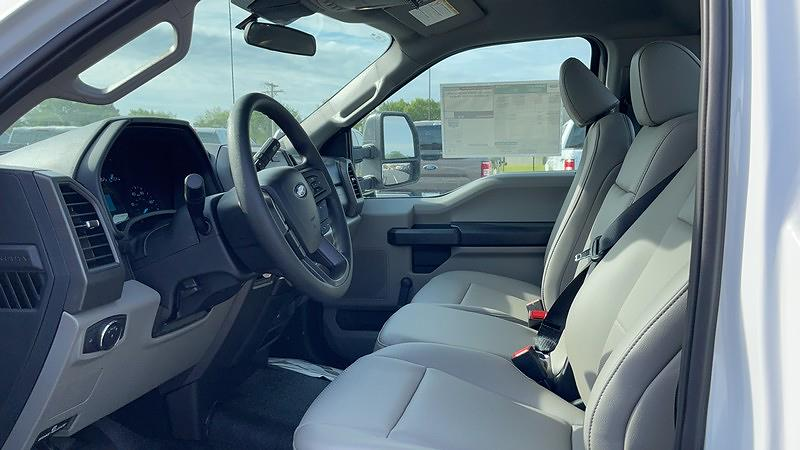 2021 F-550 Regular Cab DRW 4x2,  Cab Chassis #F21052 - photo 7