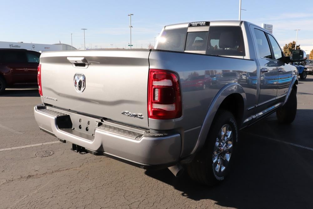 2020 Ram 2500 Crew Cab 4x4, Pickup #6200007 - photo 2