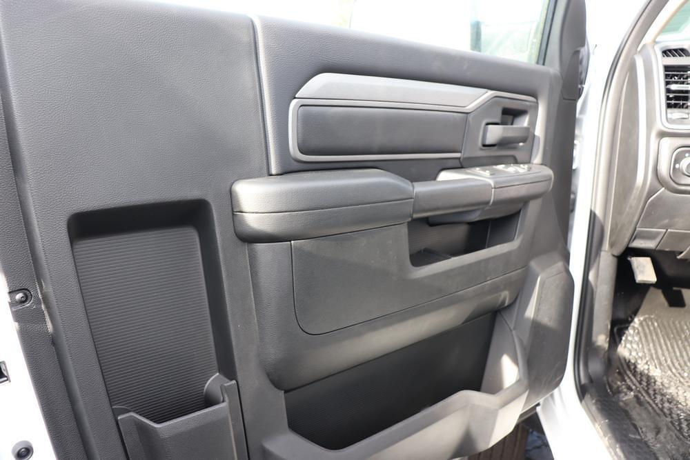 2020 Ram 5500 Regular Cab DRW 4x4, Cab Chassis #6200112 - photo 11