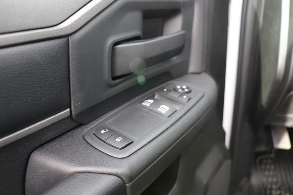 2020 Ram 5500 Regular Cab DRW 4x4, Cab Chassis #6200112 - photo 12