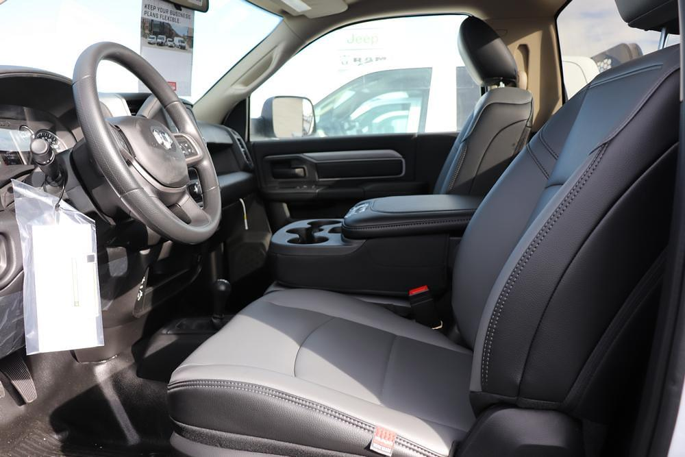 2020 Ram 5500 Regular Cab DRW 4x4, Cab Chassis #6200112 - photo 13