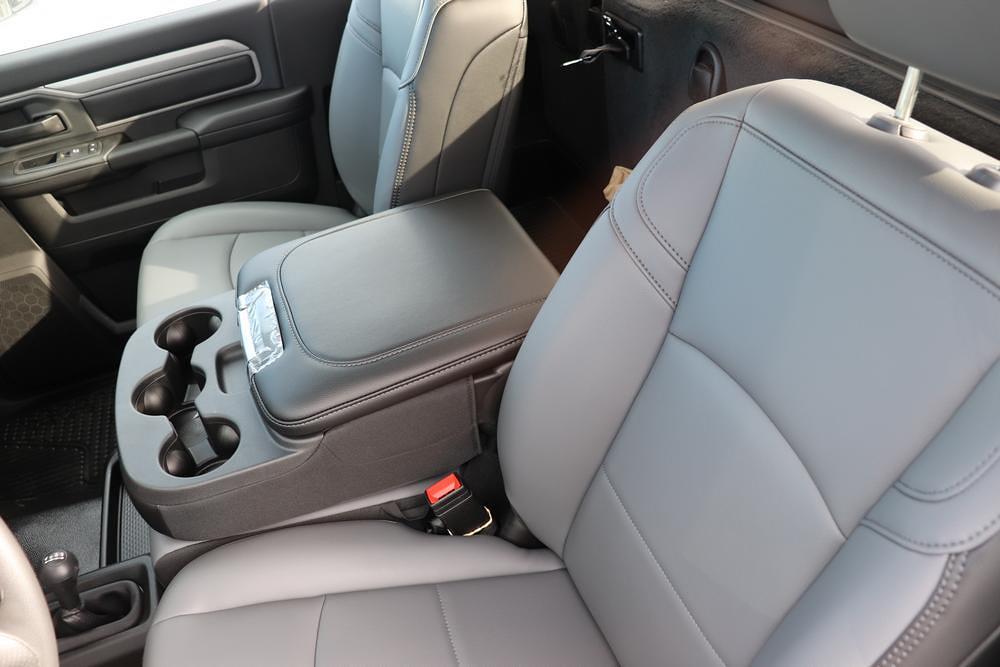2020 Ram 5500 Regular Cab DRW 4x4, Cab Chassis #6200112 - photo 15