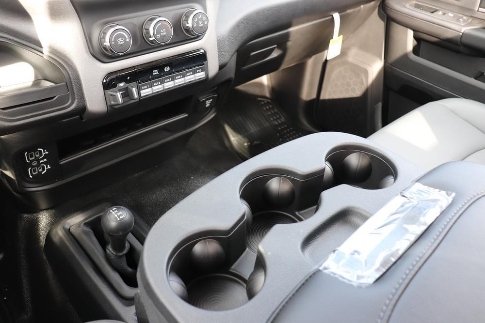 2020 Ram 5500 Regular Cab DRW 4x4, Cab Chassis #6200112 - photo 18