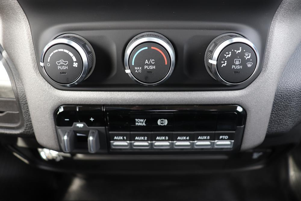 2020 Ram 5500 Regular Cab DRW 4x4, Cab Chassis #6200112 - photo 20
