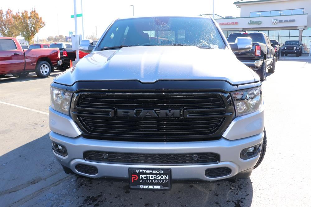 2020 Ram 1500 Crew Cab 4x4, Pickup #620050 - photo 3