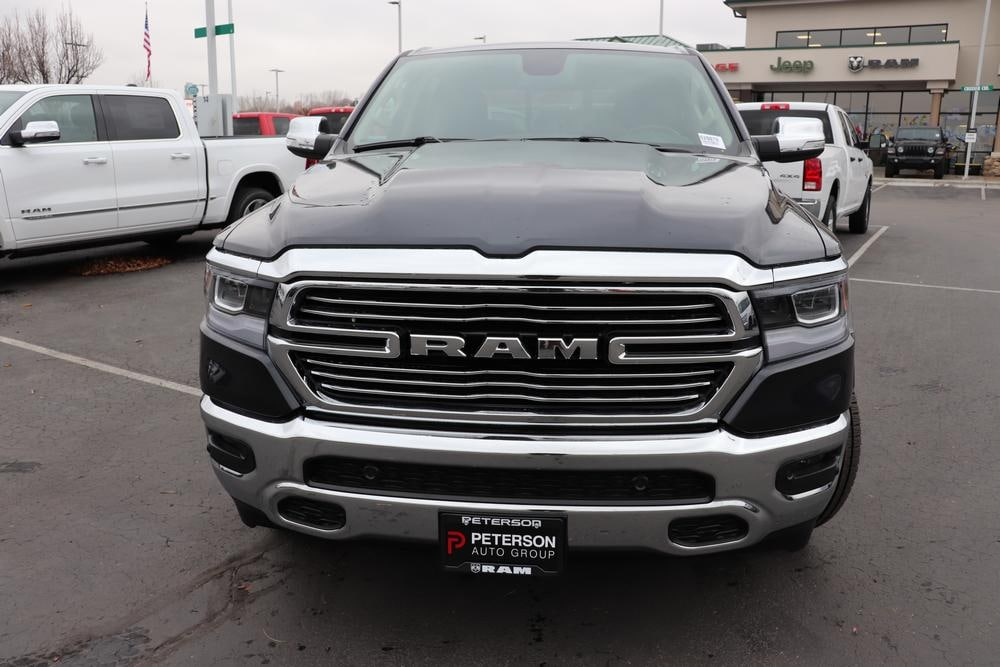 2020 Ram 1500 Crew Cab 4x4, Pickup #620078 - photo 3
