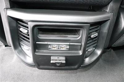 2020 Ram 1500 Crew Cab 4x4, Pickup #620078 - photo 16