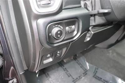 2020 Ram 1500 Crew Cab 4x4, Pickup #620078 - photo 21