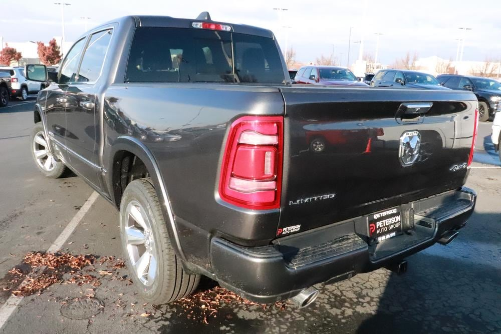 2020 Ram 1500 Crew Cab 4x4, Pickup #620085 - photo 6