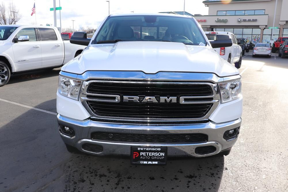 2020 Ram 1500 Crew Cab 4x4, Pickup #620116 - photo 3