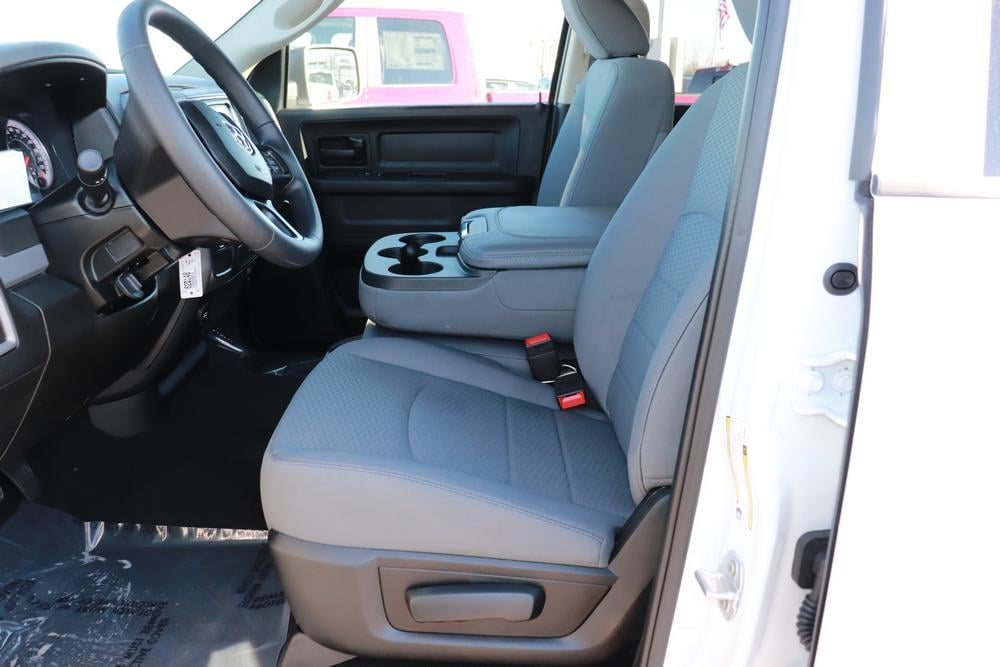 2020 Ram 1500 Crew Cab RWD, Pickup #620148 - photo 18