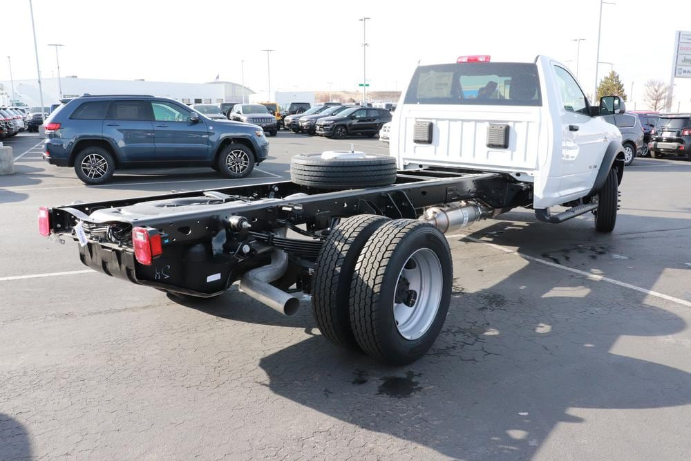 2020 Ram 5500 Regular Cab DRW 4x4, Cab Chassis #620149 - photo 2
