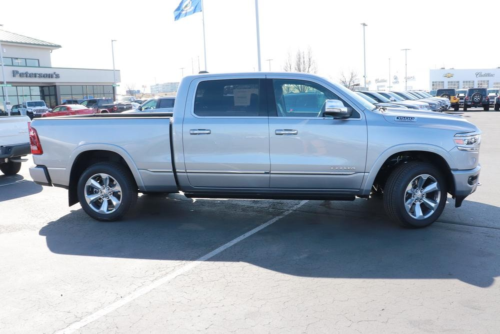 2020 Ram 1500 Crew Cab 4x4, Pickup #620190 - photo 8