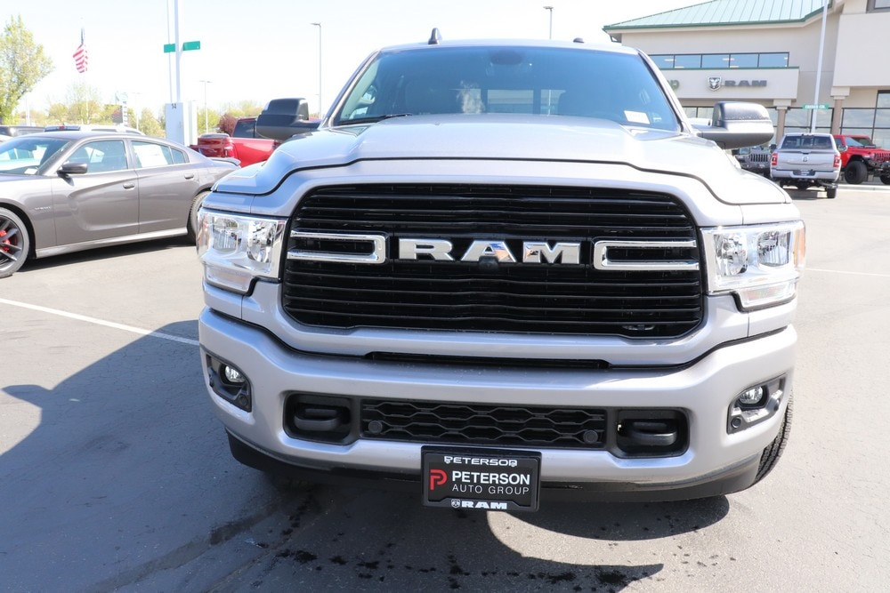 2020 Ram 3500 Crew Cab 4x4, Pickup #620223 - photo 3