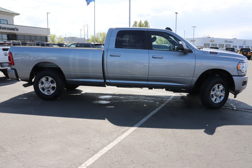 2020 Ram 3500 Crew Cab 4x4, Pickup #620223 - photo 8