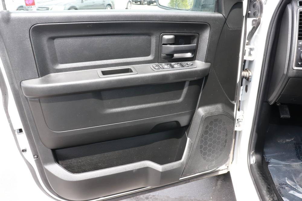 2020 Ram 1500 Crew Cab RWD, Pickup #620364 - photo 14